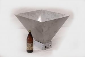 Мельница 2Д с бункером для загрузки солода.